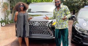 E-Money gift friends luxury cars on his birthday