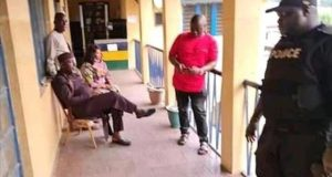 Rochas Okorocha released by the police in Imo State