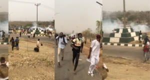BREAKING: Many Injured As Nigerian Army Attacks UNIABUJA Students Protesting Hike In Tuition Fees