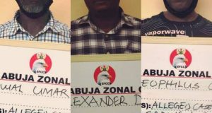 Three men accused of giving EFCC false information about Audu Ogbeh, remanded in prison (photos)