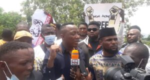 #BuhariMustGo protest continues in Abuja as Sowore appeals bail condition against FG