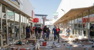 Military deployed to tackle unrest over jailed ex-president, Jacob Zuma