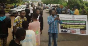 Youths in Ondo State protest bad roads, barricade major highways